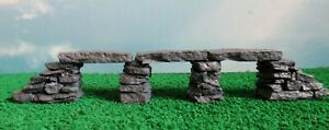 Stone-footbridge-OO-HO-Gauge-1-76-scale-Painted