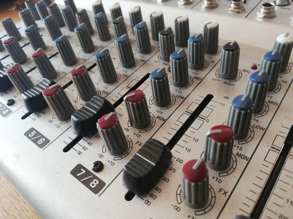 Mixer m. batteri, Behringer UBB1002