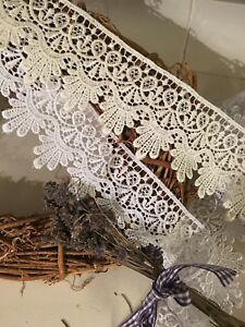"~Bows Ribbon /& Lace~ 55mm//2.25/"" Beautiful White Guipure Lace Trim.Sewing//Crafts"
