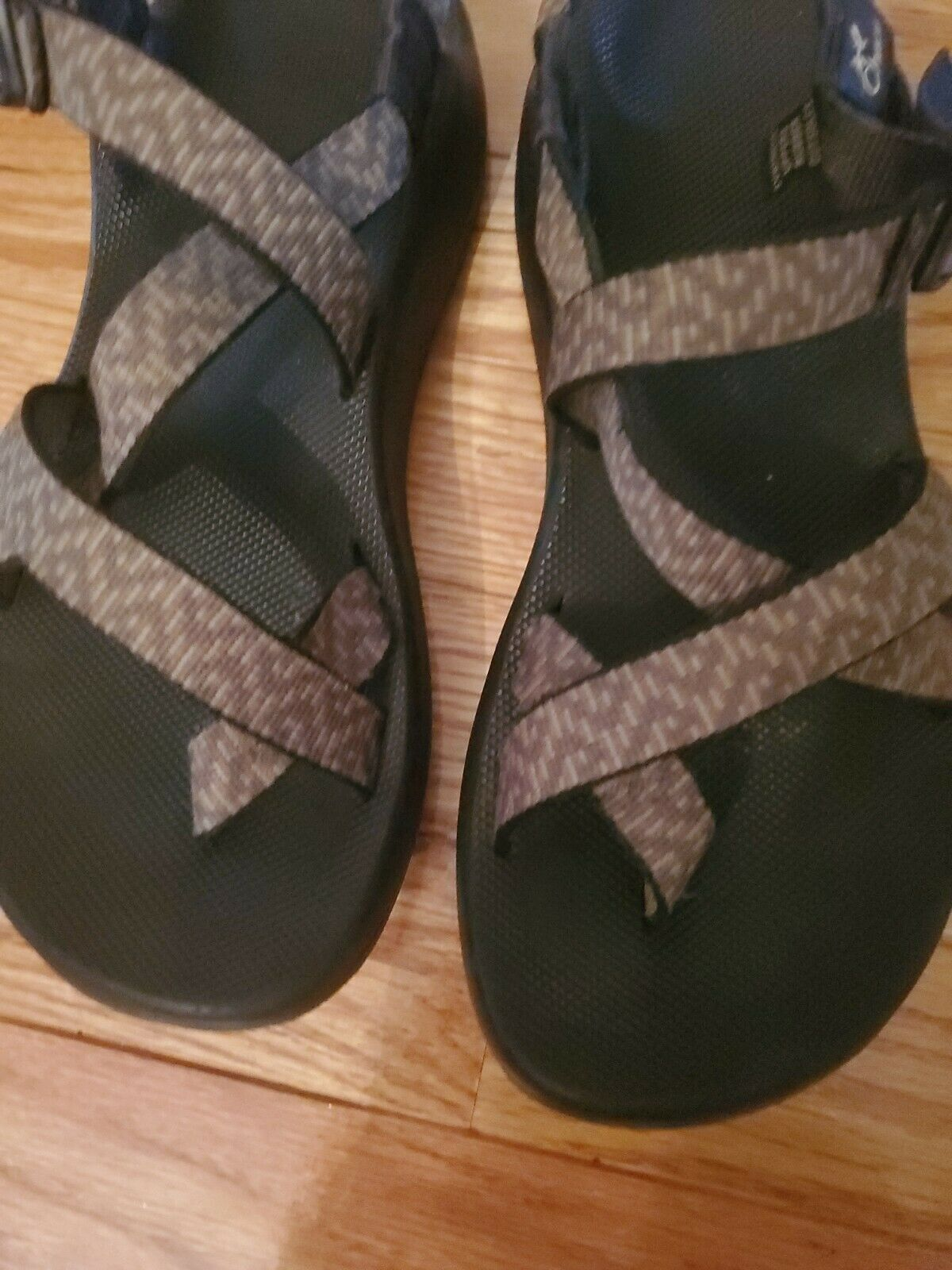 CHACO Women's Size 8 Strappy Sandals - image 5