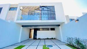 Casas Nuevas en Venta Cd del Sol a 1 Cuadra de Plaza del Sol