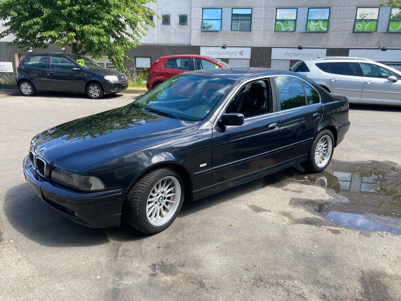 BMW 520i 2,2  4d