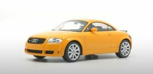 DNA-000031-AUDI-R8-or-000040-AUDI-TT-3-2-coupe-resin-model-cars-blue-yellow-1-18