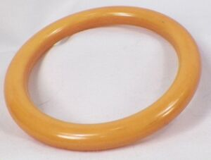 1940s Bangle 1940s Bakelite Vintage Bakelite Bakelite Bangle Yellow Bakelite Bangle Yellow Bakelite Vintage Yellow Bangle