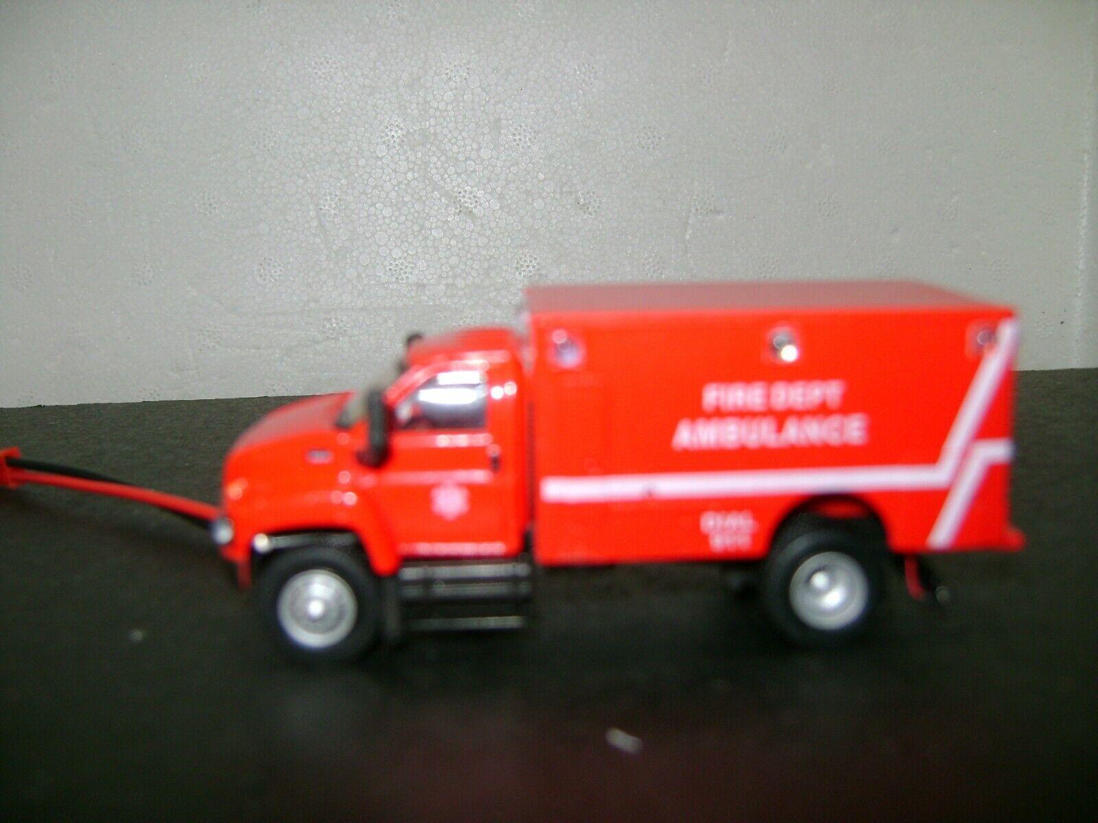 precioso Escala HO HO HO ambulancia con trabajo Luces Intermitentes  calidad garantizada