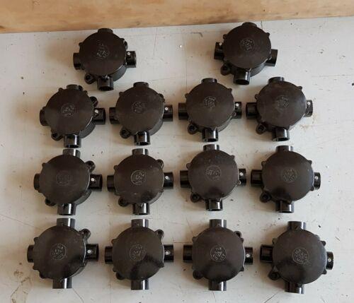 Verteilerdosen  1 von 13  Bakelit DDR 4 Abgänge Feuchtraum unbenutzt OVP NOS  33