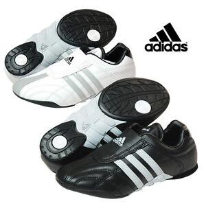 Chaussures Taekwondo ADILUX blanche et grise Adidas TKD