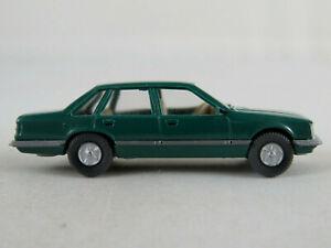 Wiking-82-1c-Opel-Senator-a-1978-1982-en-patina-verde-1-87-h0-buen-estado