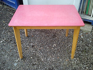 Red-Formica-Top-Table-Retro-Vintage-Rectangular-Kitchen-Dining