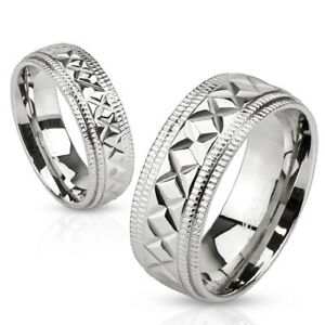Multi-Diagonal-Cut-Center-Stainless-Steel-Band-with-Etched-Edges-Size-5-13