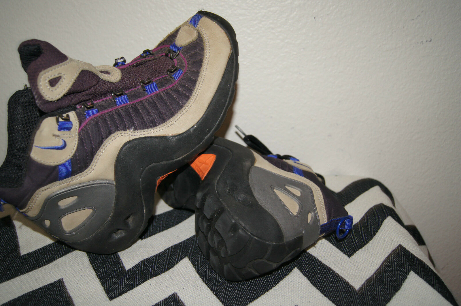 ACG Women Nike Boots Size 9 40.5 NIKE BOOTS 9 MENS 7.5 NIKE ACG 9 NIKEY BOOTS 9