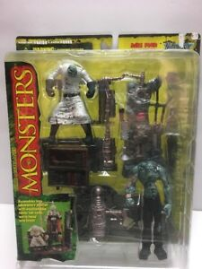 Frankenstein-Playset-MONSTERS-1997-McFarlane-Toys-Series-1-Playset