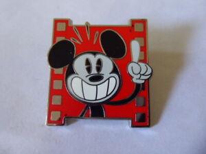 Disney-Intercambio-Broches-133609-WDW-Mickey-y-Amigos-Shorts-Set-Principiante