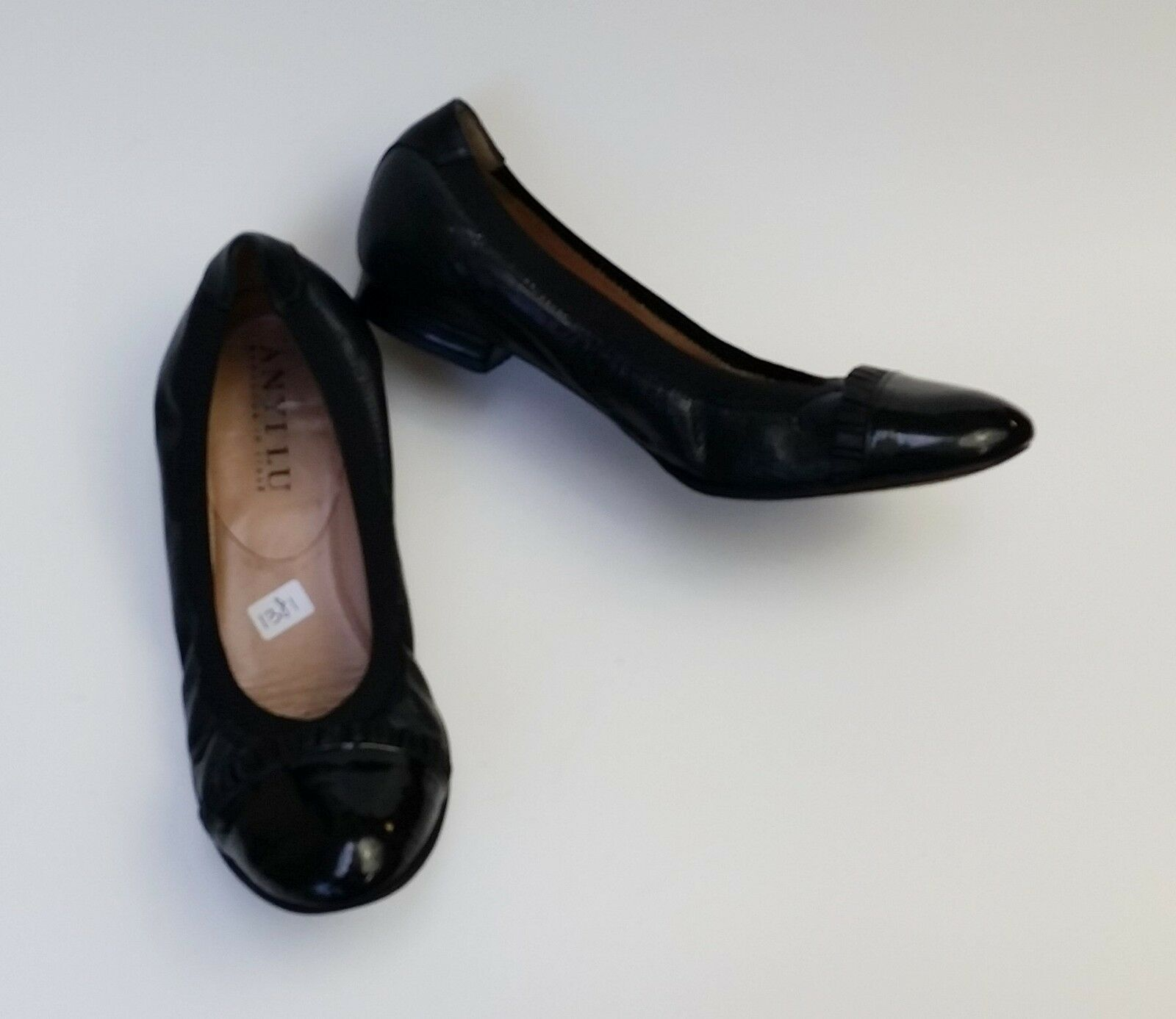 Anyi Lu shoes Flats Black Ballet Scrunch Textured Handmade  Size US 7 EU 37