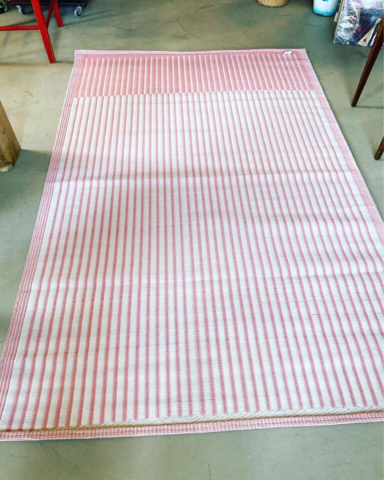 Løse tæpper, Plast, b: 122 l: 186