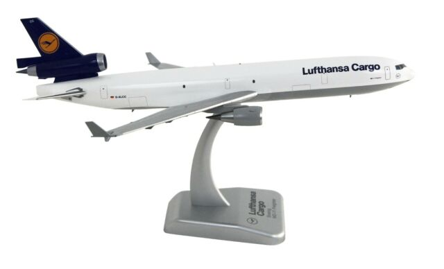 LIMOX 1/200 Boeing MD-11 Freighter, D-ALCC, Lufthansa Cargo, Flugzeugmodell, OVP