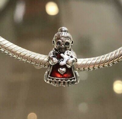 Gingerbread Man Necklace Silver Gingerbread Charm Necklace Gingerbread Man Jewelry Christmas Necklace Baking Necklace Christmas Gift Jewelry