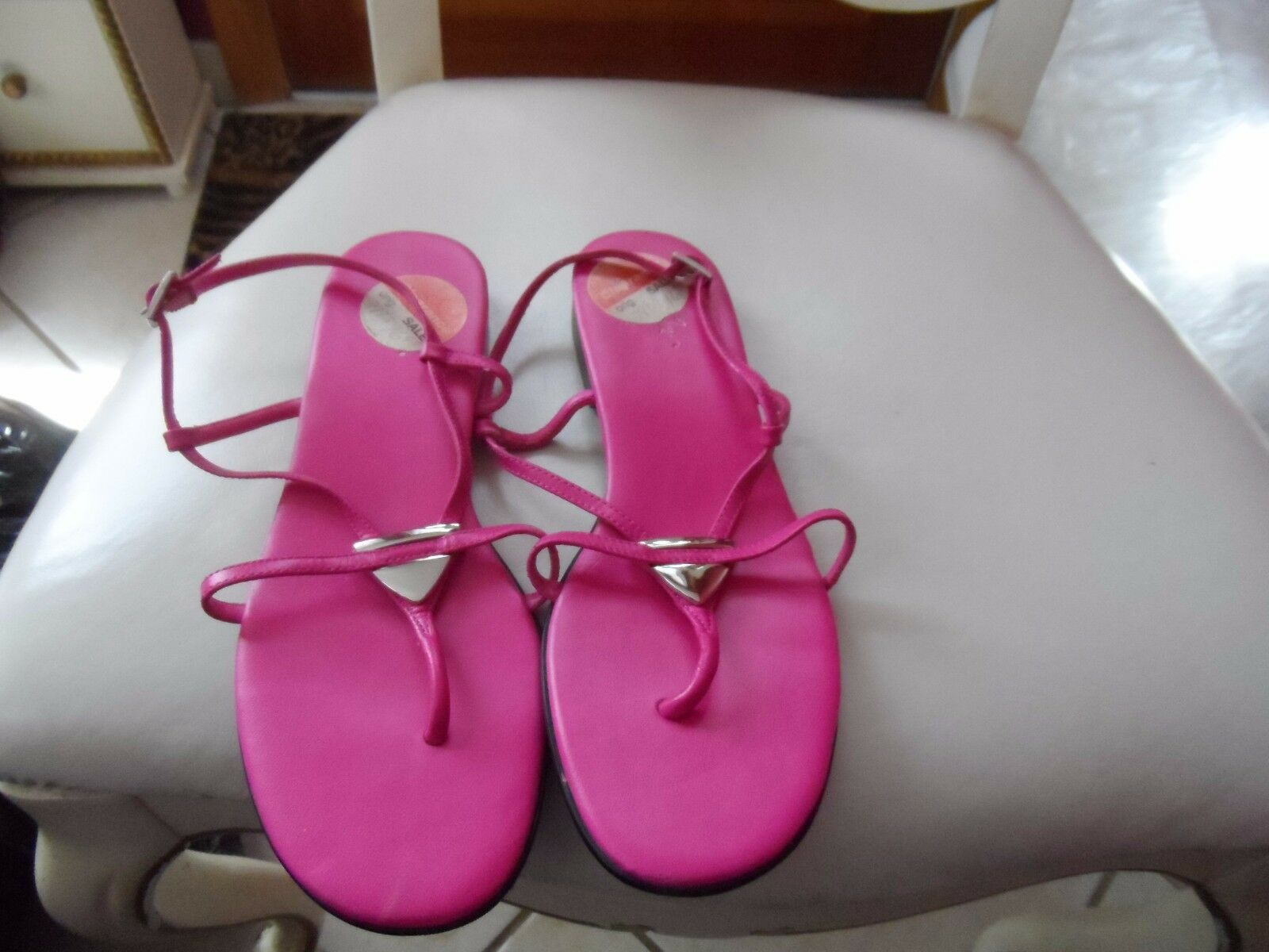 Ladies fushia strappy from sandals size 7.5M  from strappy Jacqueline Ferrar 7833d4