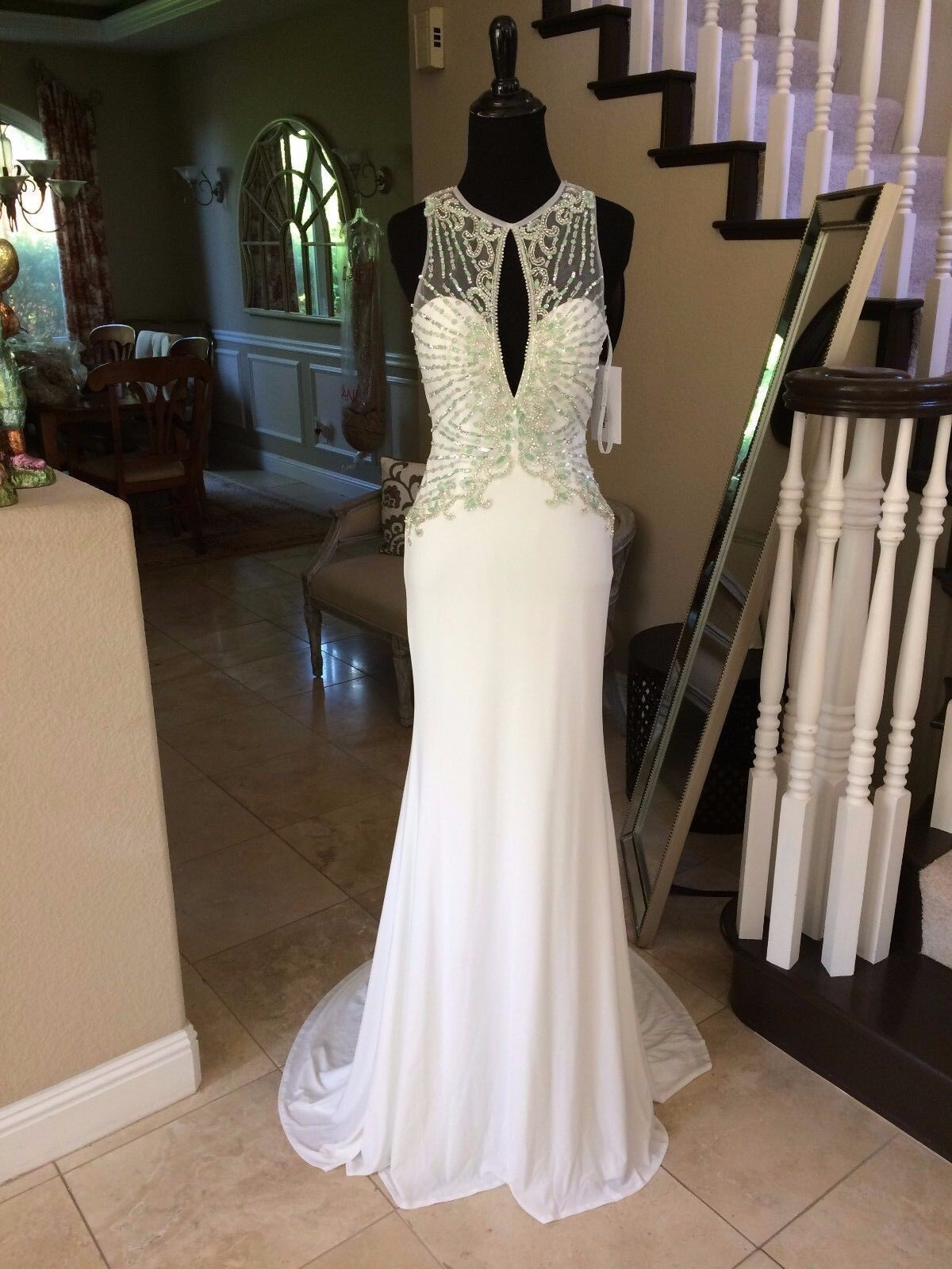 440 NWT IVORY JOVANI PROM PAGEANT FORMAL WEDDING DRESS GOWN SIZE 8