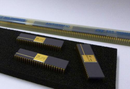 2 Stück 2 pieces  MK68901P-05  MULTI-FUNCTION PERIPHERAL MFP 5MHz CeramicDIP48