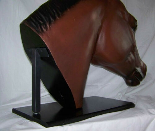 Bridle Buddy Table Top Base for Quarter Horse