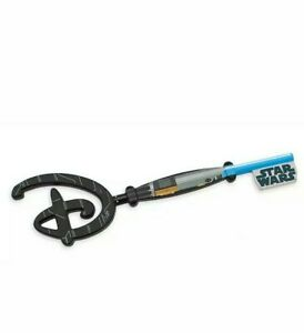 Star-Wars-May-the-4th-Be-With-You-Collectible-Key-Limited-Edition-New-in-Hand