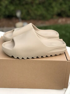 Adidas Yeezy Slide Pure size 9 - Brand New
