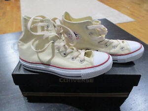 33a197c712d0 NEW Converse Chuck Taylor All Star Hi Top White Cream Mens 6 Womens ...