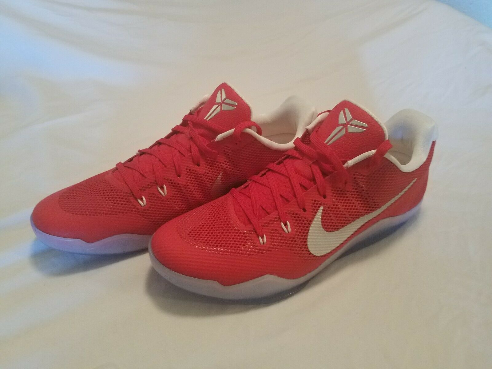 Nike Kobe 11 XI TB Team Bank Promo Size 15 Red White Bryant 856485-663 NEW