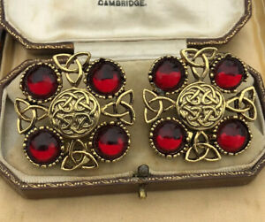 Vintage-Red-Cabochon-Statement-Clip-On-Earrings