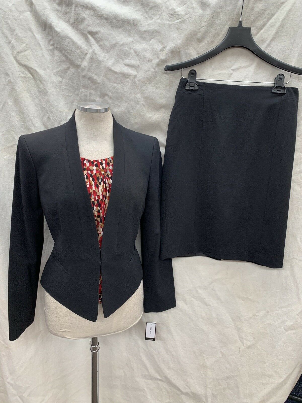 NINE WEST SKIRT SUIT NEW WITH TAG RETAIL 240 SIZE 6 LINED SKIRT LENGTH 23  LINED