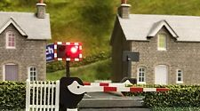 Train-Tech LC10 Assembled Level Crossing Lights & Sound, DCC or 12vDC OO Gauge
