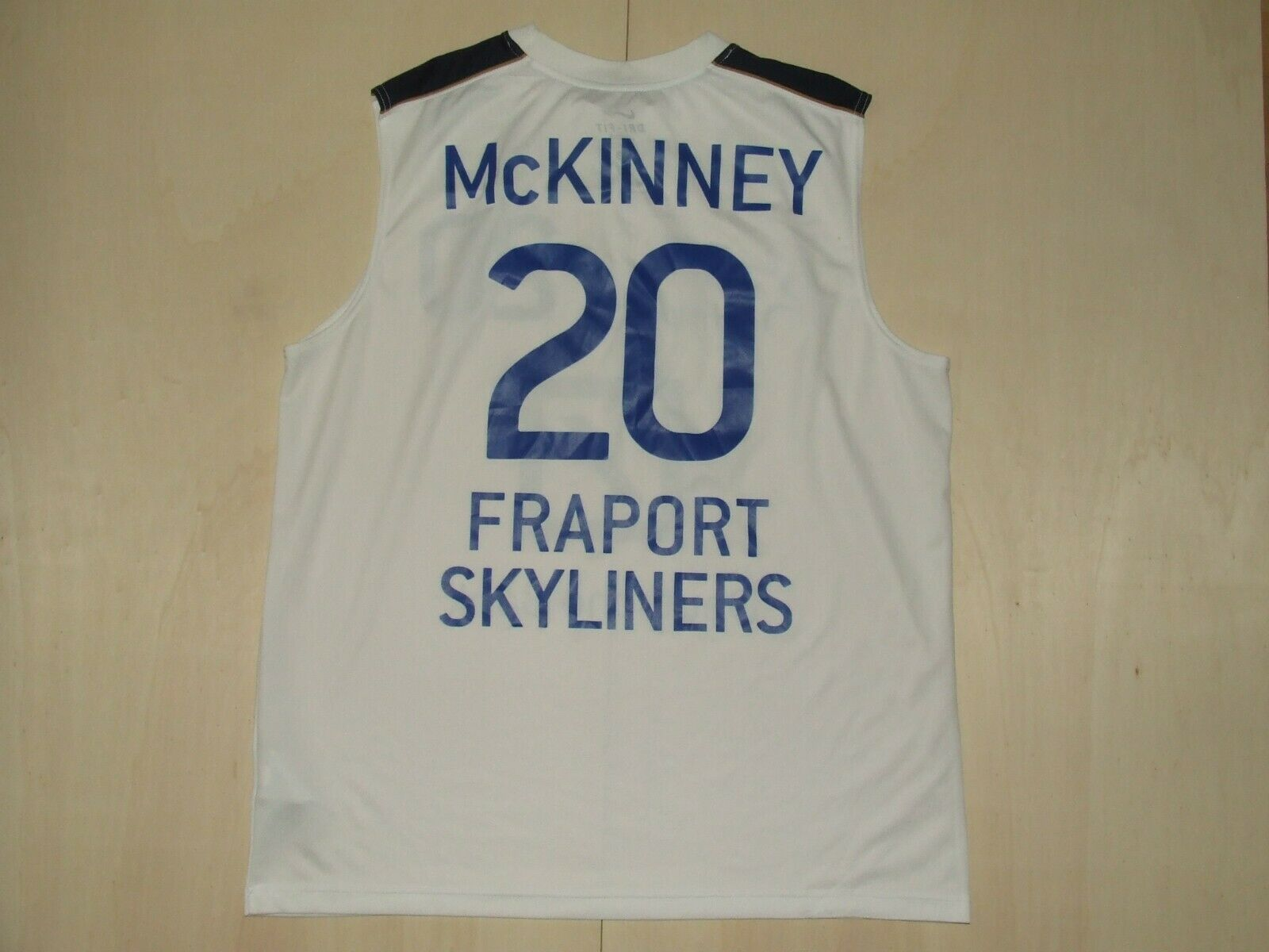 Camiseta Shirt Maillot Baloncesto Match Worn Fraport Skyliners Mckinney 20
