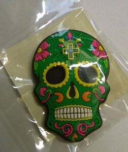 Candy-Skull-Day-of-the-Dead-Mexican-Fridge-Magnet-Green