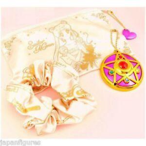 Bandai-Sailor-Moon-84418-Set-1-Romantic-Case-With-Hair-Clips-And-Mirror