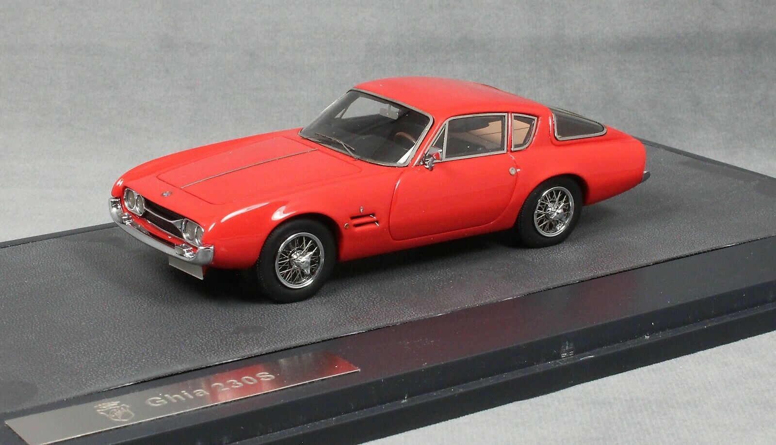 Matrix Ghia 230S Coupe in Red 1963  MX10701-012 1 43 Limited Edition of 408