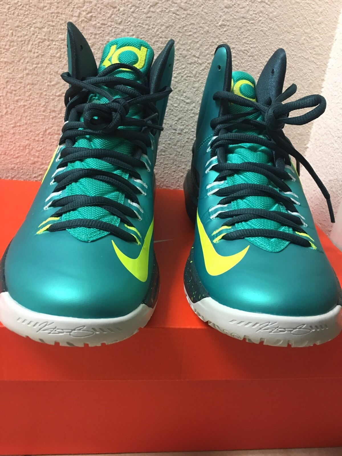 Nike KD 5 Kevin Durant  Hulk  Men's Size 9.5 Atomic Teal Volt Dark Atomic Real