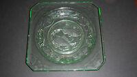 BAGLEY ART DECO 1930-35 URANIUM GREEN GLASS SQUARE FISH WATER LILIES PLATE