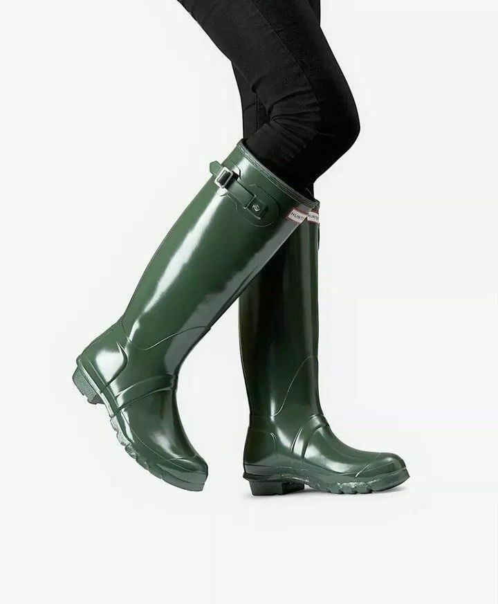 Hunter Women's Original High Gloss Waterproof Rain Boots Size 9 Green, MSRP