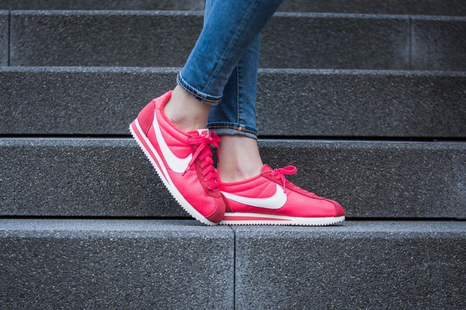 Nike Women's Classic Cortez TXT Ember Glow Sail 844892-800 Sz 7