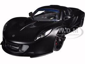 Matt Carbon Black 1:18TH Scale AUTOart 75401 Hennessey Venom GT Spyder