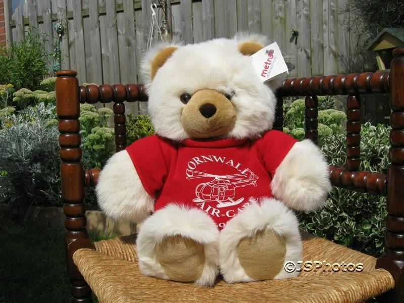 Metro Soft Toys UK 18 Inch Beige Greeting Bear Cornwall
