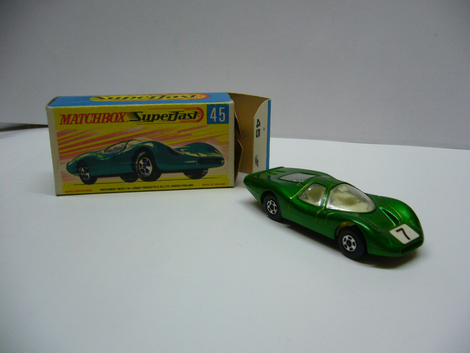 Matchbox Superfast MB 45 Ford Group 6 with Rectangular 7 Dark-Made in England