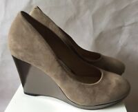 CLARKS LADIES SHOES SIZE 6 WEDGE HIGH SUEDE METALLIC FAWN BEIGE VGC WITH BOX
