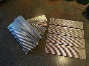 CORRUGATED-ROOFING-FOR-G-amp-O-SCALE-MODEL-RAILROAD