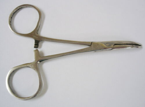 """Curved Fishing Forceps 4/"""" Tackle box Essential Includes FREE Disgorger"""