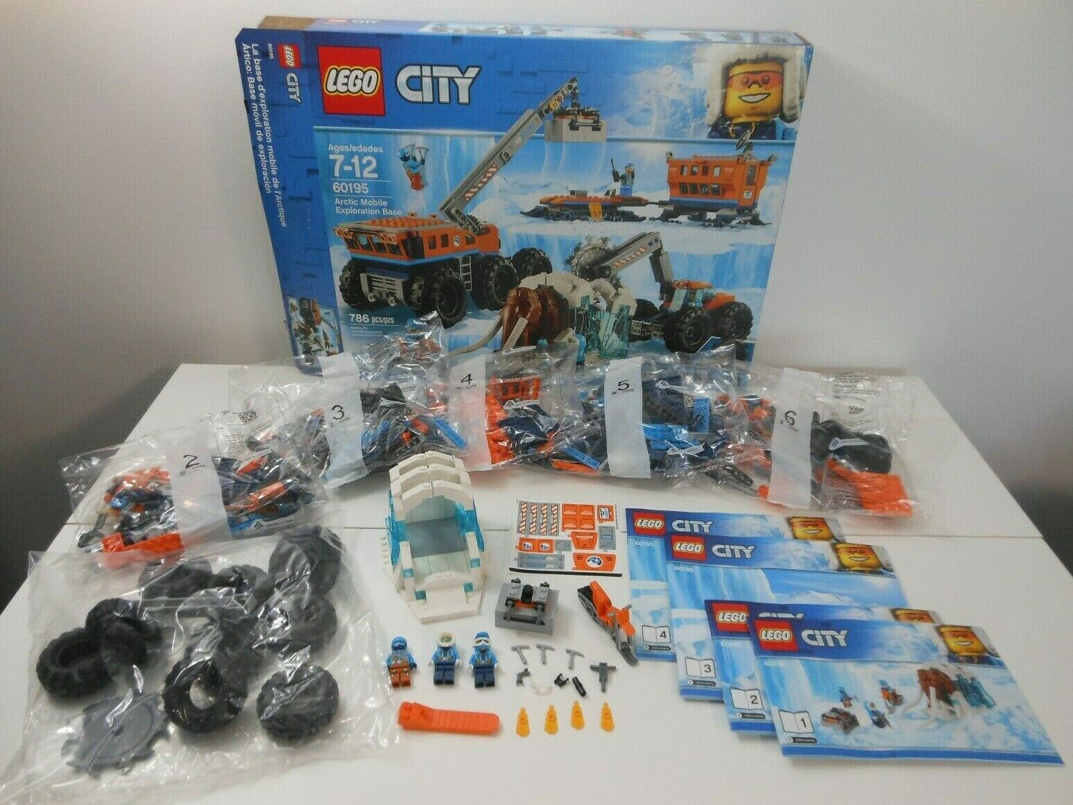 LEGO Stadt 60195 Artic Mobile Exploration Base Motorcycle Crane Ice Set NO WOOLLY