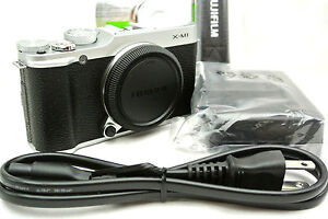 Fujifilm-X-M1-mirrorless-digital-camera-Silver-superb-tested