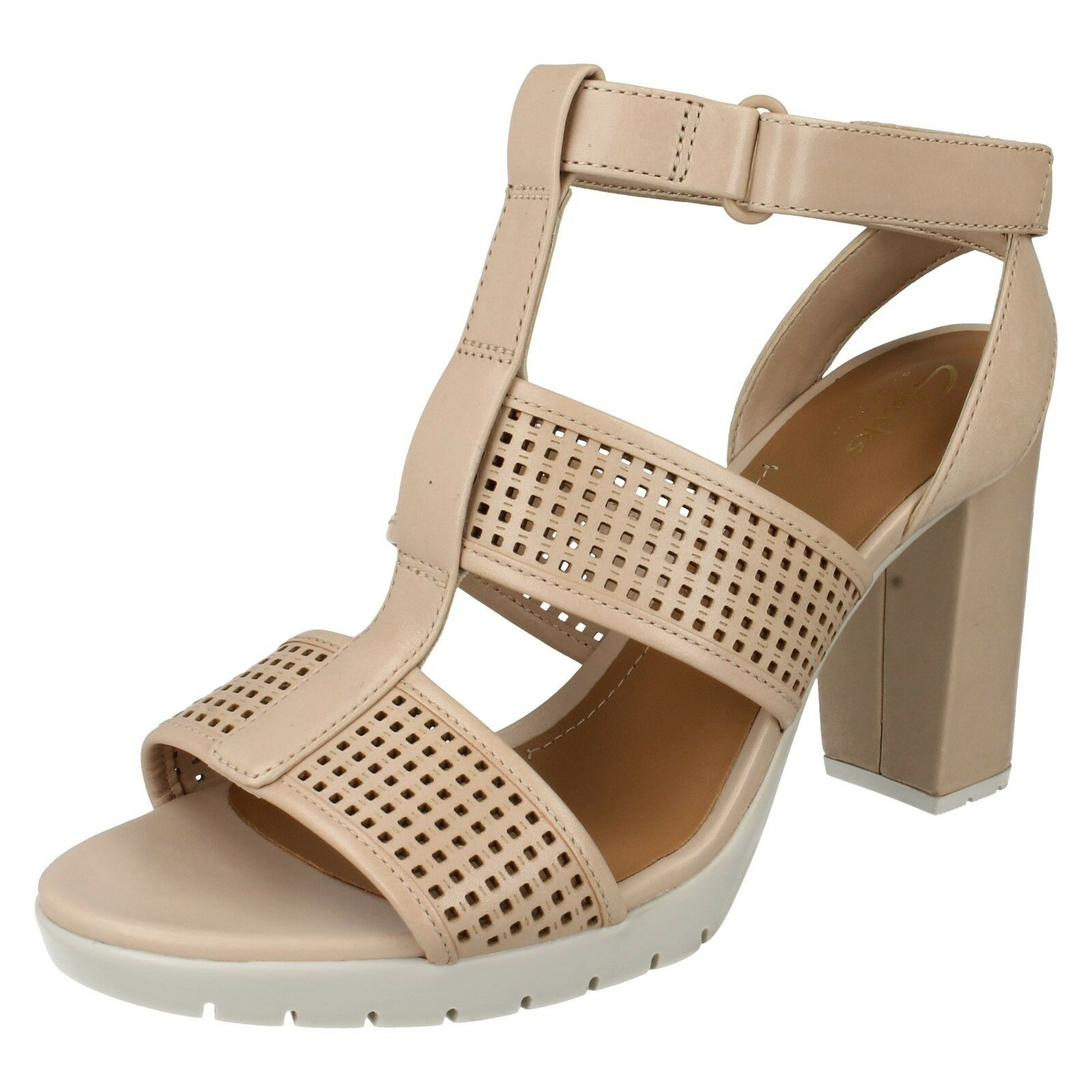 PASTINA CASTLE LADIES BAR CLARKS RIPTAPE T BAR LADIES LEATHER HEELED SMART OPEN TOE SANDALS d65f39