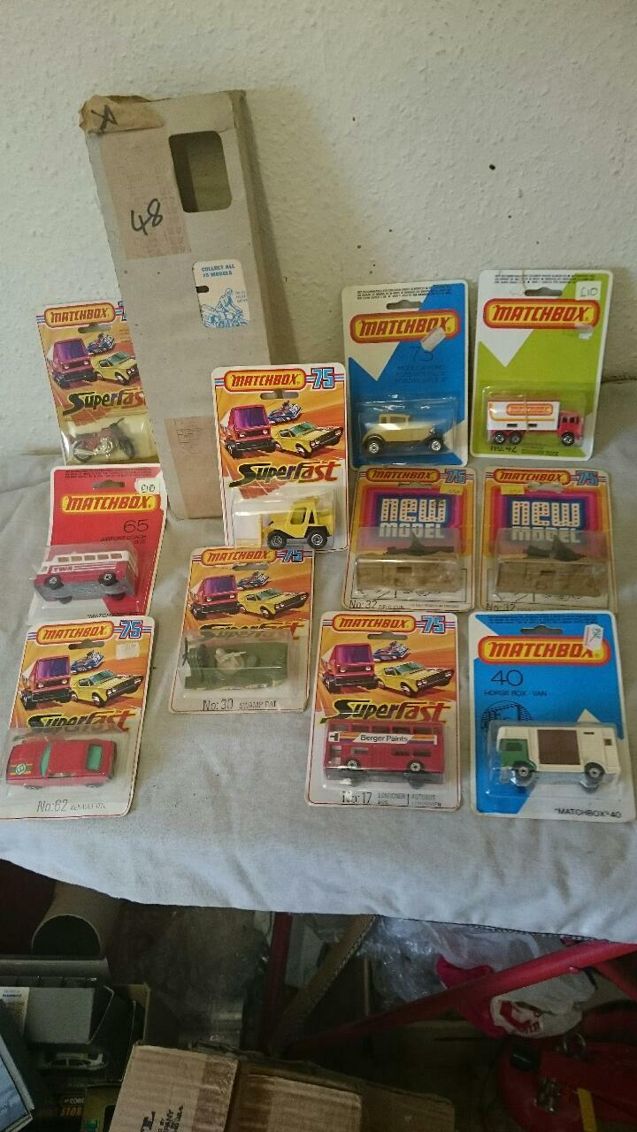 MATCHBOX SUPERFAST collection sur cartes blister 15 modèles en non ouvert condition